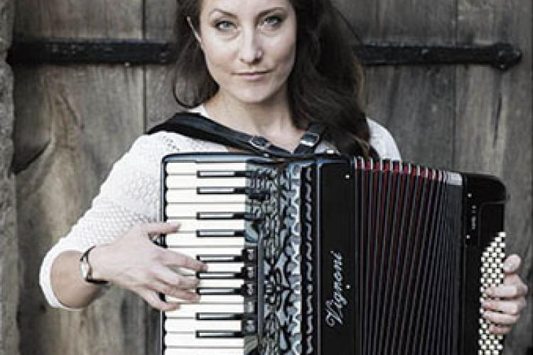 Georgia Lewis with accordion